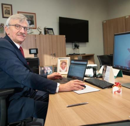 prof. dr hab. Bronisław Marciniak